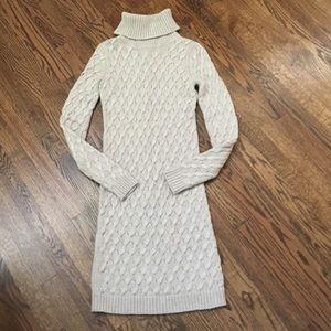 MODA INTERNATIONAL/ Dress